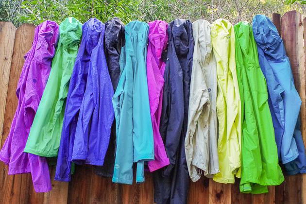 Pikenik rain-jacket-testing-lowres- Kiat Memilih Jas Hujan Tips  tips memilih jas hujan rain coat memilih jas hujan kiat memilih jas hujan jas hujan